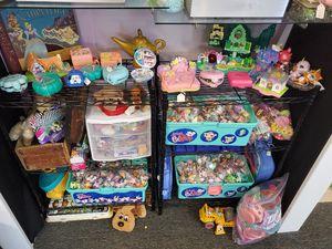 Littlest Pet Shop Toys (PLEASE READE) for Sale in Gresham, OR