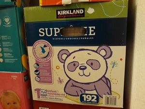Kirkland Diapers Size 1 👶 caja de (192) pañales for Sale in Vallejo, CA