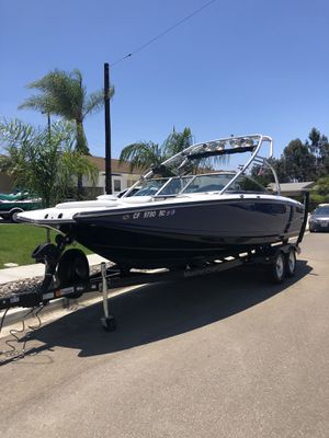 Mastercraft X45, Wakeboard boat, wake surf, supper boat, ski boat, family boat. Seats 18 people , water sports River trip for Sale in San Diego, CA