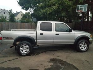 Toyota Tacoma TRD (4x4) 2002 for Sale in New Haven, CT