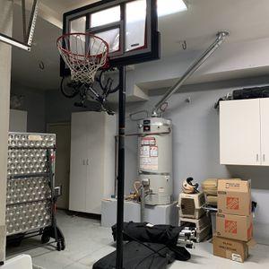Lifetime Adjustable 7ft Basketball Hoop for Sale in Claremont, CA