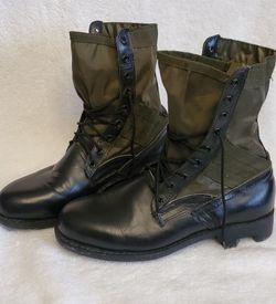 US Military Vietnam War Era Tropical Combat Boots Black&Military Green SZ 8,5 -9 for Sale in Orangevale,  CA
