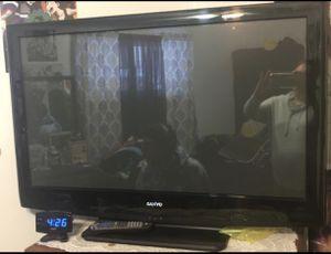 42' Sanyo tv for Sale in Denver, CO