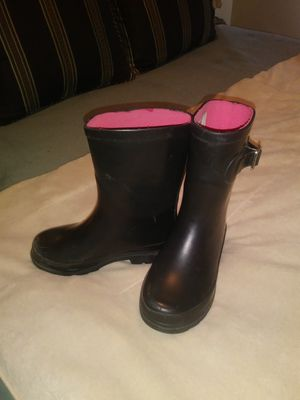 Little girl Size 11 black rain boots for Sale in Tacoma, WA