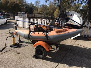 Pontoon fishing boat and trailer for Sale in Citrus Heights, CA
