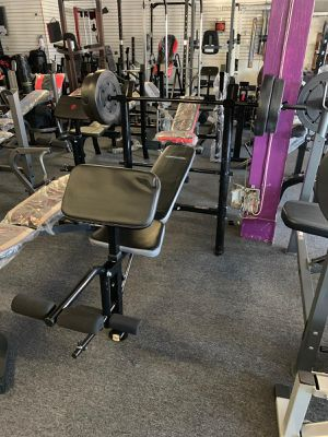 Bench bar and weights brand new for Sale in Long Beach, CA