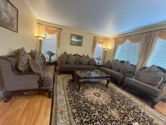 Sofas & Table Set for Sale in Newark,  CA