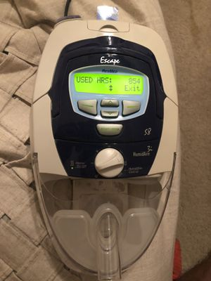 ResMed S8 CPAP Machine W/ HumidAire 3i. Humidifier for Sale in St. Petersburg, FL