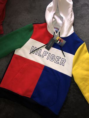 Tommy Hilfiger hoodie for Sale in Modesto, CA