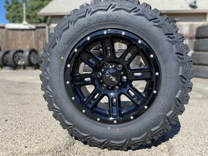 """17"""" off-road rims with lt2657017 mud tires 6lugs Toyota gmc Chevy Nissan for Sale in Modesto, CA"""