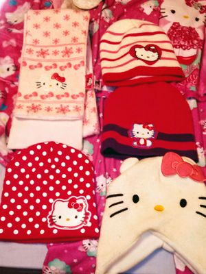 Hello Kitty Tobogins And Scarf for Sale in Goodlettsville, TN