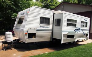 Runs Excellent 2003 Keystone TRAILER for Sale in Dayton, OH
