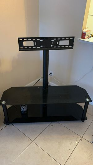 TV stand up to 65 inches for Sale in Lake Worth, FL