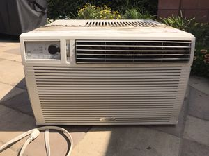 Air Conditioner- Whirlpool for Sale in Carson, CA