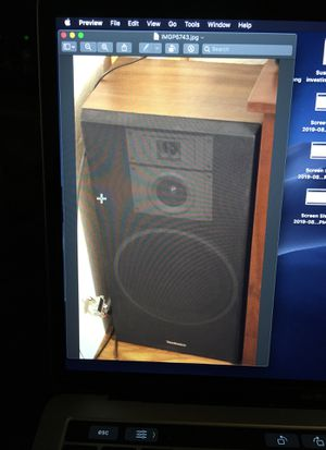 Two technics speakers and onkyo amplifier with remote for Sale in Sun City, TX
