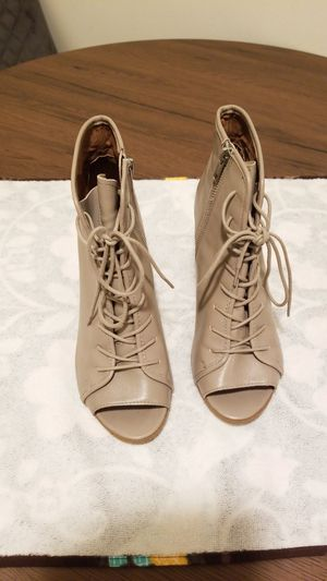 Steve Madden shoes size 7.5 for Sale in Long Beach, CA