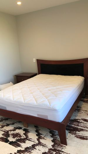 Queen bed frame and 2 nightstands for Sale in San Francisco, CA