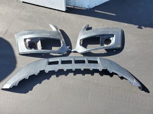 2009-2012 Audi Q5 Front Bumper, Lower Valance, Rear Bumper Diffuser, Door Trim Molding, ABT Grille. 2010 2011 for Sale in Rosemead, CA