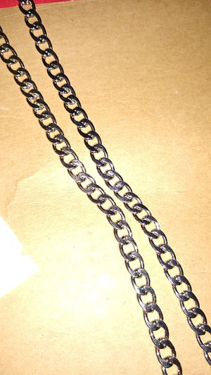 2 ft Cuban silver chain for Sale in Howell Township, NJ