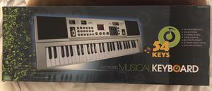 Electronic musical keyboard for Sale in Oceanside, CA