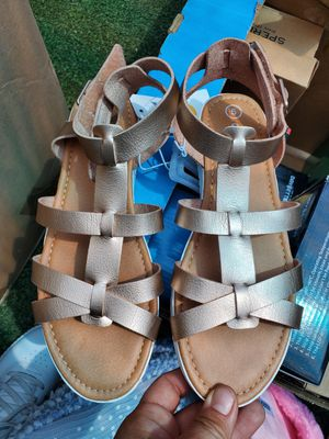 Womens size 5 Sandles new for Sale in Carson, CA
