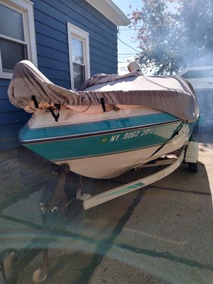 1990 Chaparral MerCrusier, 4.3 Alpha 2050sl see for Sale in Cheektowaga, NY