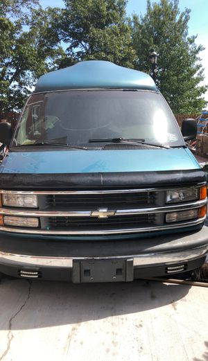 1998 Chevy 1500 part out of whole for Sale in Yonkers, NY