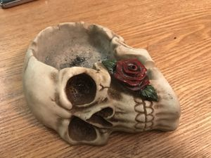 Rare vintage ash tray. for Sale in Cleveland, OH