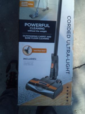 Dyson v7 vacuum for Sale in Lawndale, CA