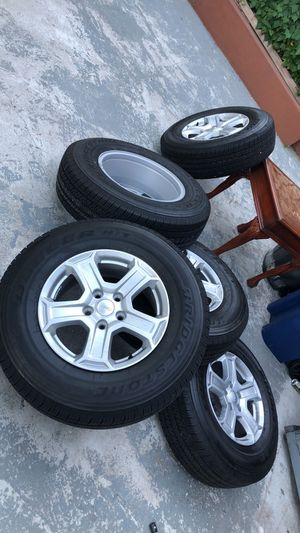 5 Brand new Jeep Wrangler wheels for Sale in DORCHESTR CTR, MA