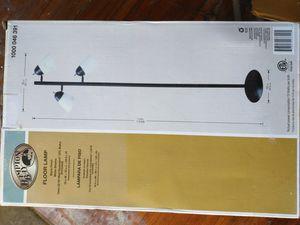 3 LIGHT FLOOR LAMP .....$25; for Sale in Victorville, CA