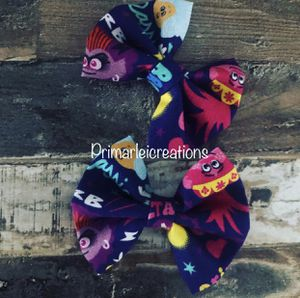 Trolls hair bow set for Sale in Bakersfield, CA