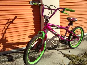 20 inches Kent Throuble Freestyle bmx bicycle. for Sale in Frostproof, FL