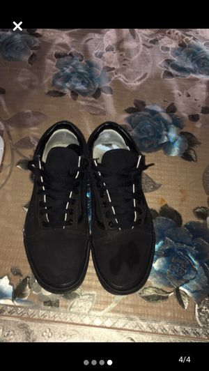 Vans all black size 9.5 for Sale in Madera, CA