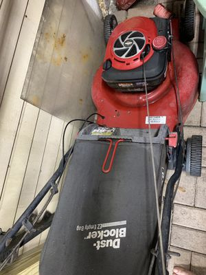 Craftsman lawn mower for Sale in Hollywood, FL
