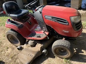 Riding lawn mower ( craftsman ) for Sale in Waxahachie, TX