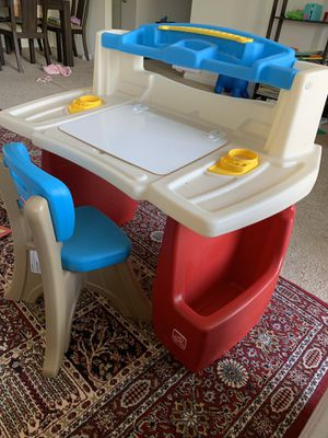 STEP 2 deluxe art master kids desk for Sale in Willowbrook, IL