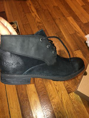 UGG BOOTS —-New ones—$80 or best offer for Sale in Riverdale, MD