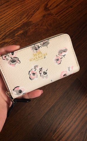 Small wallet for Sale in Annandale, VA