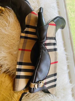 Burberry Heeled Boots for Sale in Darien, CT