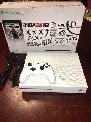 X box one s 1TB for Sale in Phoenix, AZ