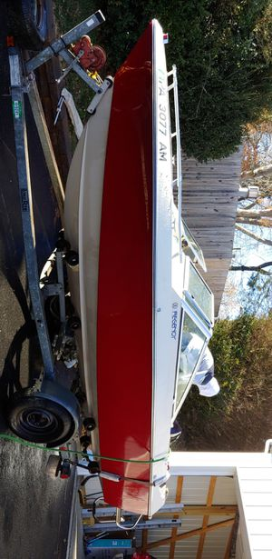 1985 18ft thundercraft for Sale in Broomall, PA