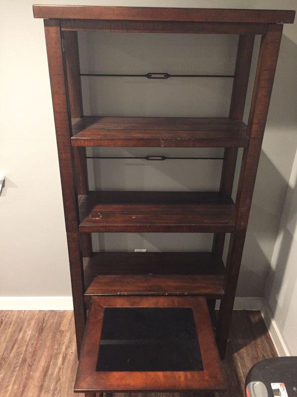 Wooden shelf's/shelf's/book shelf