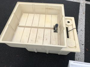 2x2 ebb & flow table with reservoir with pump for Sale in Eugene, OR