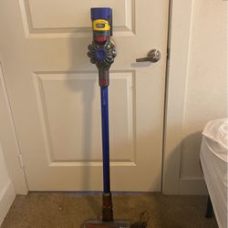 Dyson Cordless Vacuum for Sale in Garland,  TX