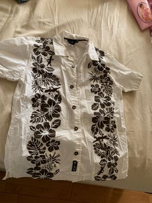 Hawaiian shirt for Sale in Downey, CA