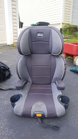 Chicco kidfit booster seat for Sale in NO POTOMAC, MD