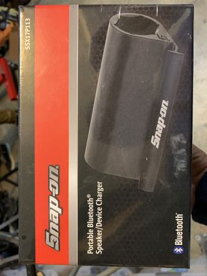 Snap On Bluetooth Speaker and Device Charger SSX17P113 for Sale in El Segundo, CA