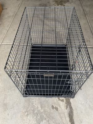 XL Dog Kennel GREAT CONDITION for Sale in Farmington, UT