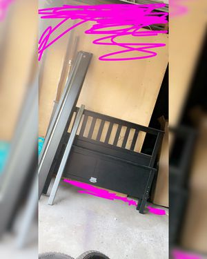 Bed frame for Sale in Sunnyside, WA